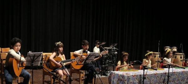 موسیقی-کودک-آموزشگاه-موسیقی-آذرنگ