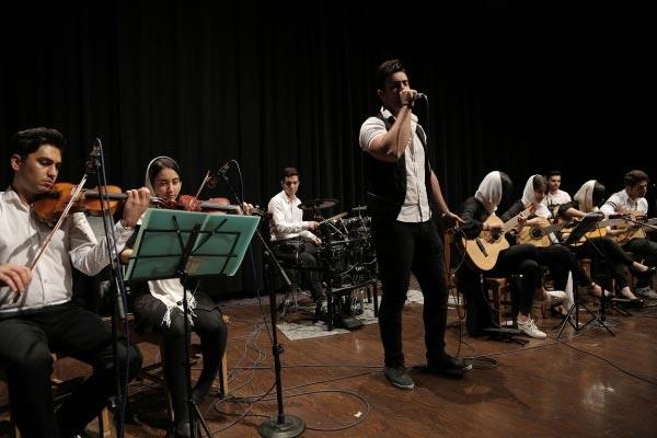 آموزشگاه-موسیقی-آذرنگ-موسیقی-پاپ
