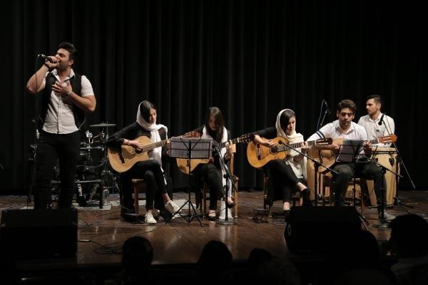 آموزشگاه-موسیقی-آذرنگ